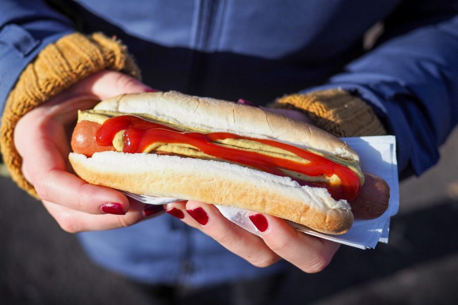 Hot Dog While Pregnant – Is It Safe To Eat? | The Right Parenting